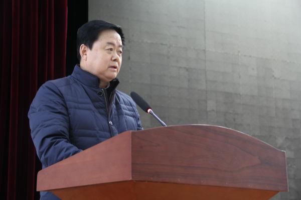 榆林市慈善协会会长刘洪作重要讲话.jpg